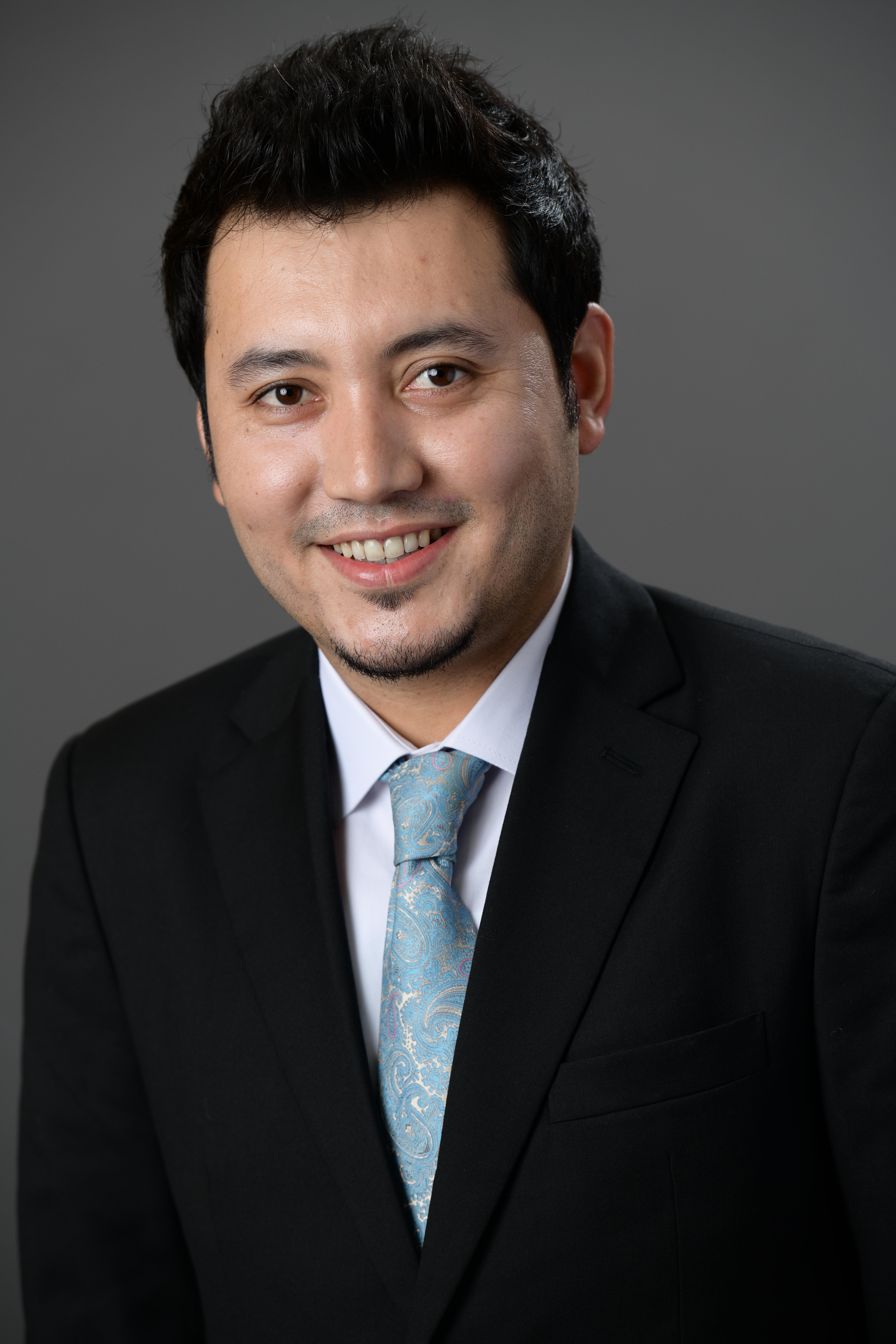 Shabir Eman, Headshot